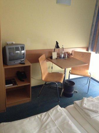 Citylight Hotel : Single Room