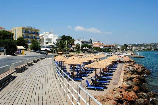 Kiani Akti: The beach and the Hotel...