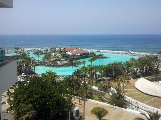 H10 Tenerife Playa: Vistas desde la habitación
