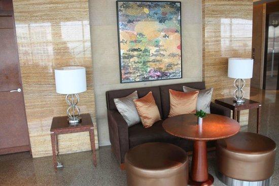 Grand Hyatt Kuala Lumpur : Seat somewhere