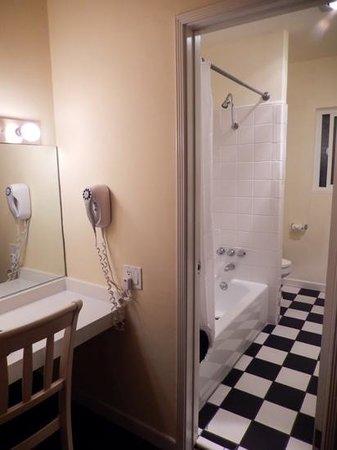 Hollywood Celebrity Hotel: salle de bain