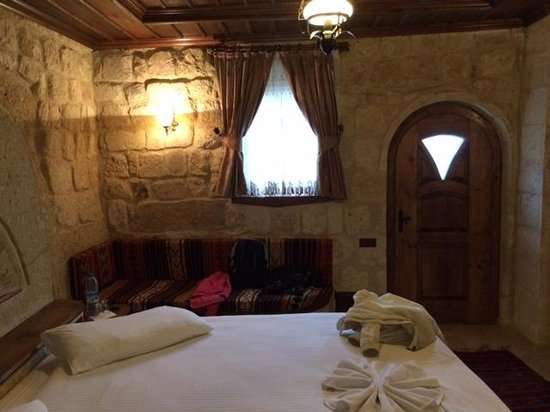 Kemerhan Cave Suites: perfect  bed