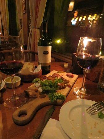 Hotel Cabana del Lago: Restaurante do hotel