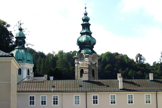 Kapitelplatz & Kapitelschwemme: View of St. Peter's form Kapitelplatz