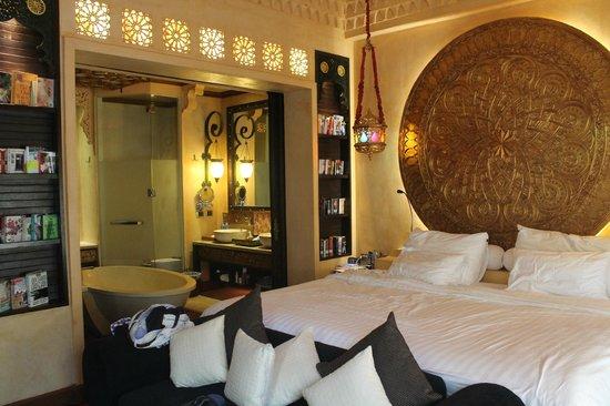 The Baray Villa : Bedroom
