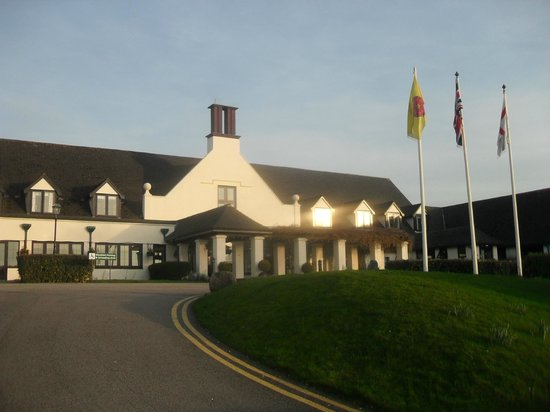 Lancaster House: Front of Hotel