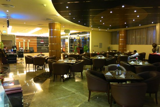 Xclusive Maples Hotel Apartments : Cafe