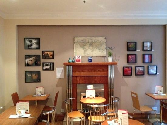Cafe Wander: Local artists display their work.