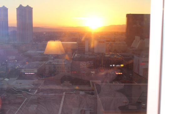 Park MGM Las Vegas: Sunrise from our room