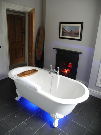 The Old Rectory on the Lake: The private bathroom Graig Goch rooms