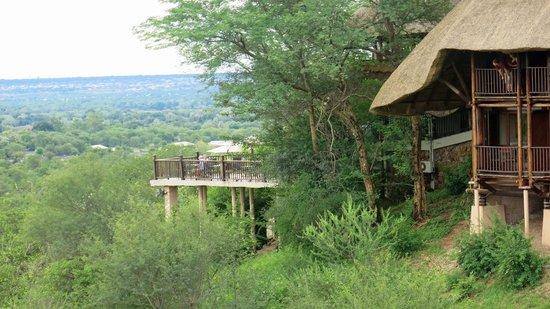 Victoria Falls Safari Lodge : View of patio from room