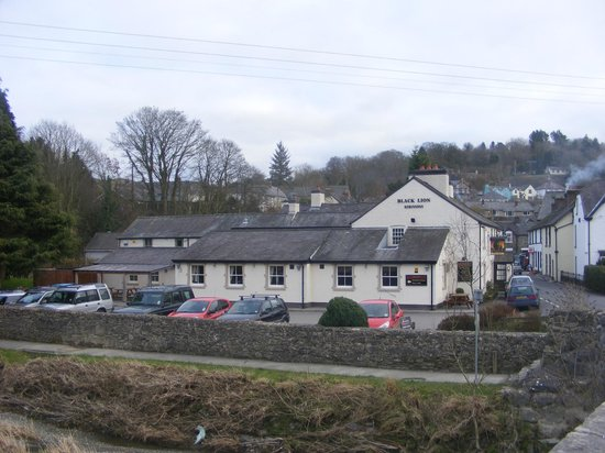 The Black Lion Hotel Restaurant: Picturesque Village Country Hotel