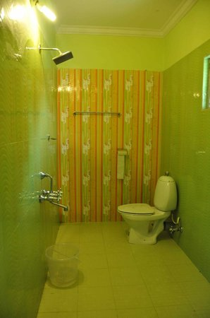 Emarald Wyte Mist Munnar: Baño