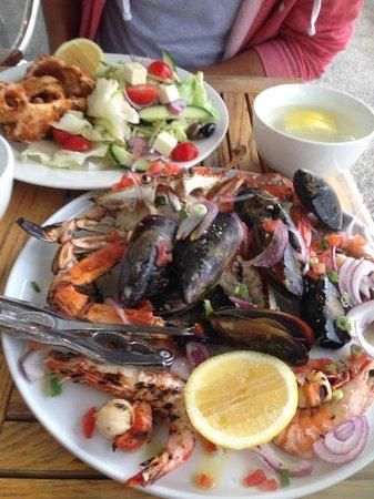 Q Seafood Provedore: Calamari and Seafood platter