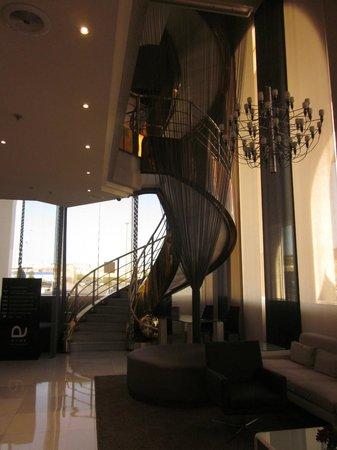 Ayre Hotel Sevilla: Hall