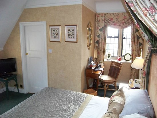 Mallory Court Country House Hotel & Spa: room