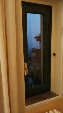 Agriturismo Campofiorito : dalla finestra