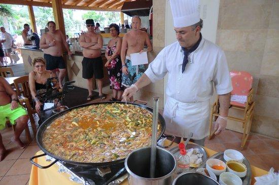Best Tenerife: Een kookles (het maken van Paella) in de buitenlucht voor de gasten