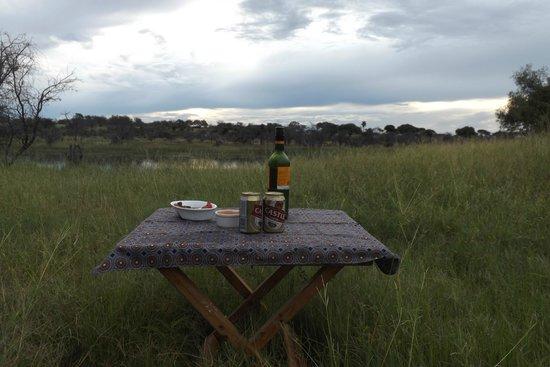 Leroo La Tau: Lovely sunset drinks on drive