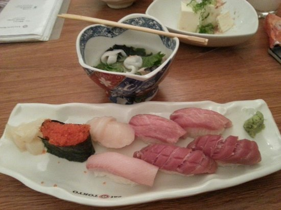 Eat Tokyo : Fish was not fresh. Vinegary and fishy. Dies not justify cost of £4 per piece!