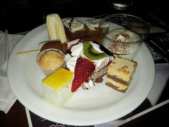 Cosmo Sheffield: Desserts