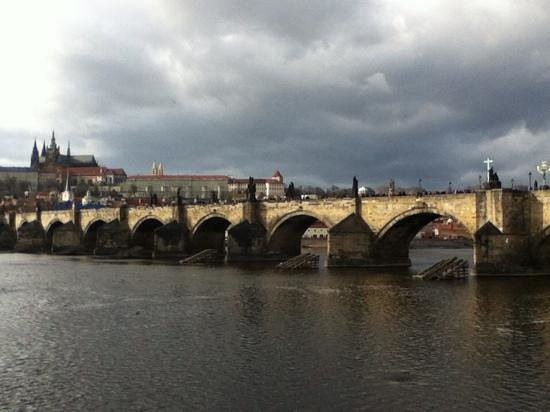 987 Design Prague Hotel: Charles Bridge by day