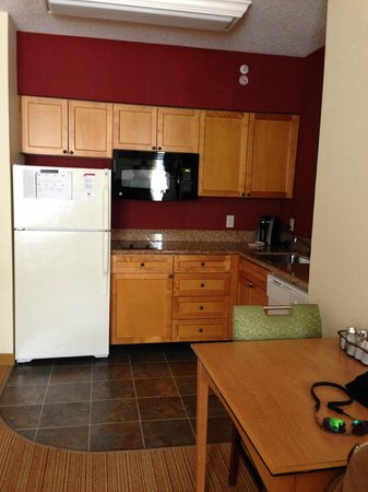 Residence Inn Washington, DC/Capitol : Full Kitchen with everything included