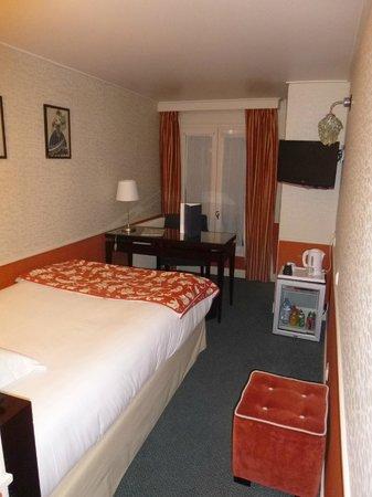The Lodge du Centre Hotel : Habitación individual