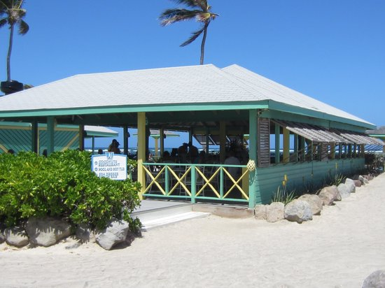 Nisbet Plantation Beach Club: Coconuts Restaurant