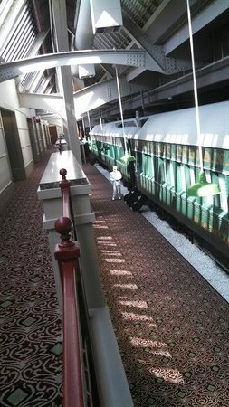 Crowne Plaza Indianapolis Downtown (Union Station): You can sleep in the train cars!