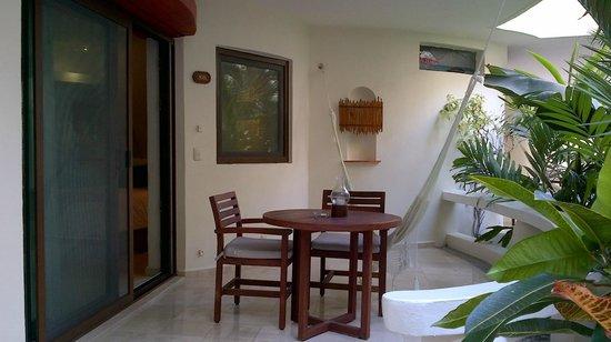Playa Palms Beach Hotel: beautiful patio