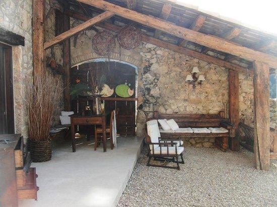 Cal Joan del Batlle: Otro patio