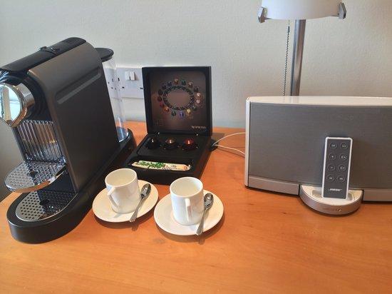 COMO Metropolitan London: Nespresso machine