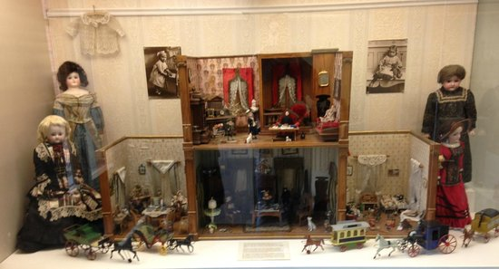 The Toy Museum: κουκλόσπιτο