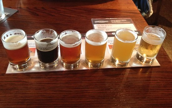 Rock Bottom Restaurant & Brewery: Beer sampler $6