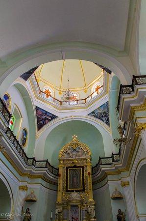 La Iglesia de Nuestra Senora de Guadalupe: View above main altar