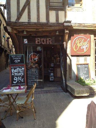 La Salsa Cafe : un verre en terrasse