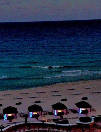 Ritz-Carlton Cancun: Casitas Romantic Dining On Beach