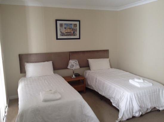 Mandurah Quay Resort: Apartment bedroom 2