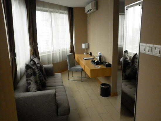 Guangzhou Bauhinia Hotel: Arbetsvrå