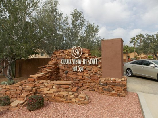 Cibola Vista: Entrance to resort