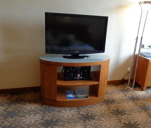 Concorde Hotel Kuala Lumpur : TV
