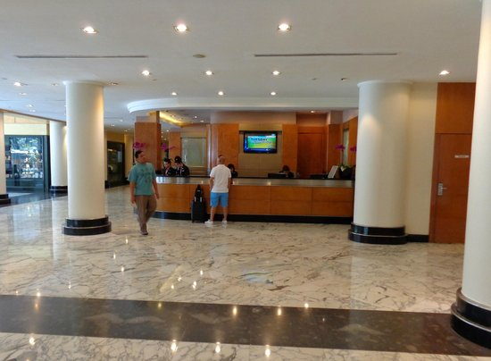 Concorde Hotel Kuala Lumpur : Lobby and reception area