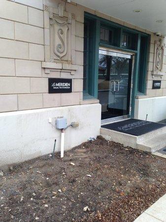 Le Meridien Dallas, The Stoneleigh: Side Entrance