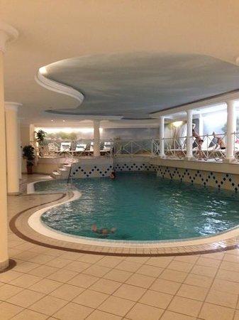Austria Bellevue Hotel: Indoor pool