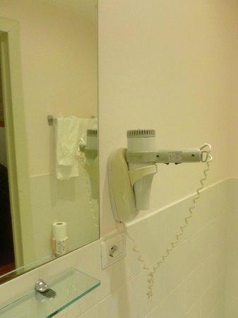 Hotel Bernina: Secador de cabelo (importante!)