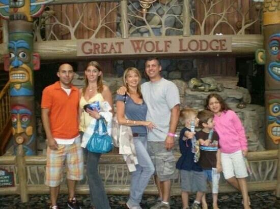 Great Wolf Lodge: family dells trip