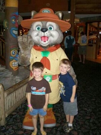 Great Wolf Lodge: great wolf n the boys