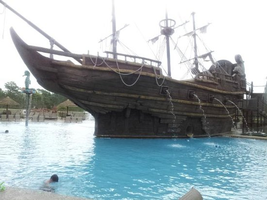 Lake Buena Vista Resort Village & Spa: Pirate Themed Pool