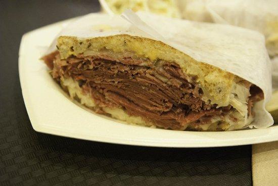 810 Deli Incorporated: Reuben sandwich extraordinaire